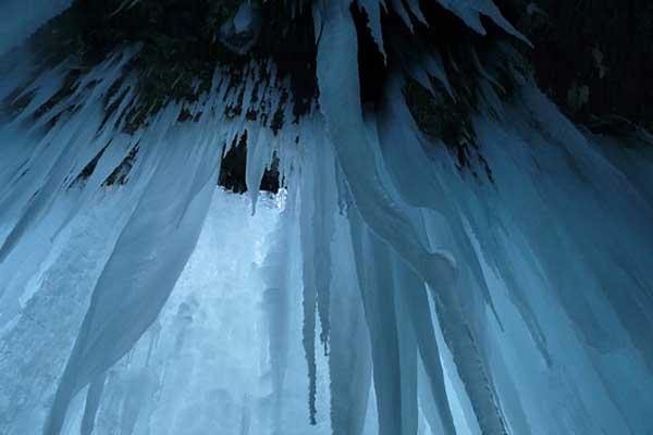 Demianowska Jaskinia Lodowa